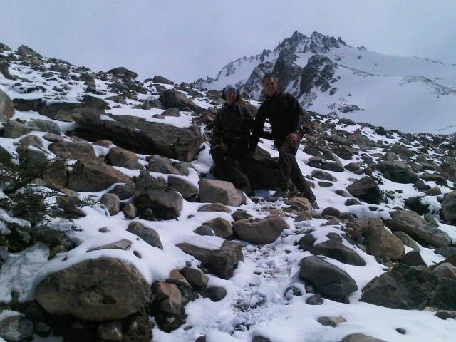 unerwarteter Schnee vor der Laguna de los Tres