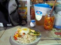 typisch und lecker, arroz con huevoy palta