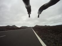 Endlose Kilometer in bizarrer Vulkanlandschaft
