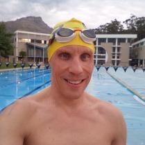 Ankunft in Stellenbosch ( nach 450 km Fahrt) - erstmal zur university of sports 5.000m auf der olympischen Bahn- danach war ich wieder locker