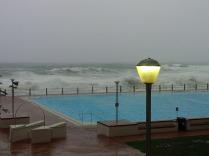 Kapstadt, see point 50m swimming pool. Schwimmen bei Sturm und 17 grad Celsius