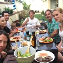 BBQ bei einer unserer Airbnb Familien - mehr Integration geht kaum