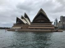 1973 wurde das Opernhaus nach 14 Jahren Bauzeit eroeffnet